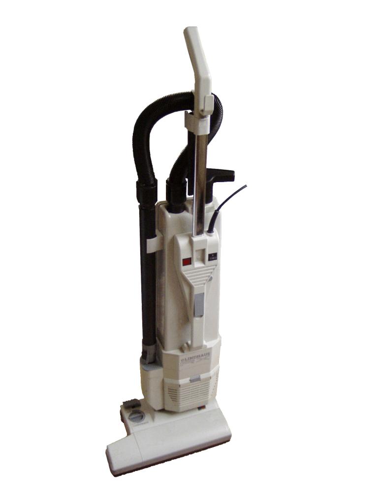 Jaký vysavač na suché vysávání používám před extrakčním čištěním koberců?