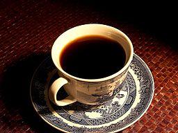Jak vyčistit skvrny od černé kávy z koberce nebo sedačky? | Odstranění skvrn